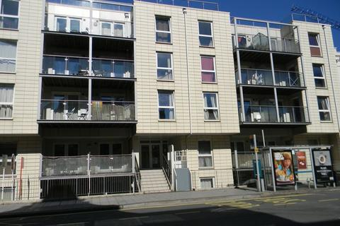 1 bedroom apartment to rent - Canute Road, Southampton