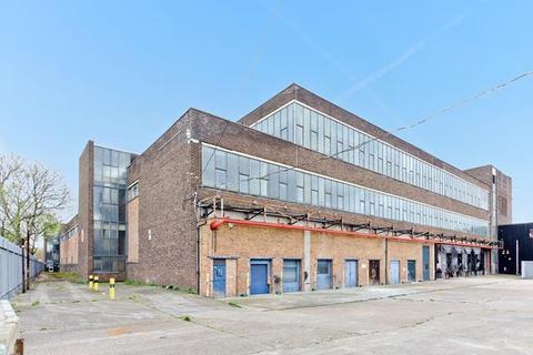 Industrial unit to rent - H.04 & H.05, 100 Clements Road, Bermondsey, London