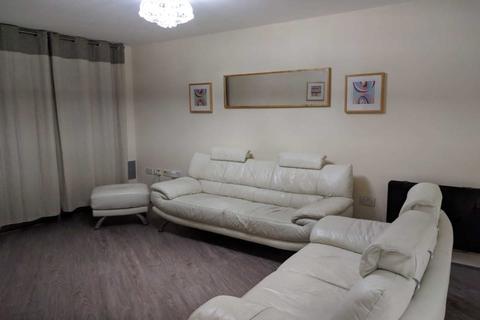 2 Bedroom Apartment To Rent Altolusso Bute Terrace Cardiff