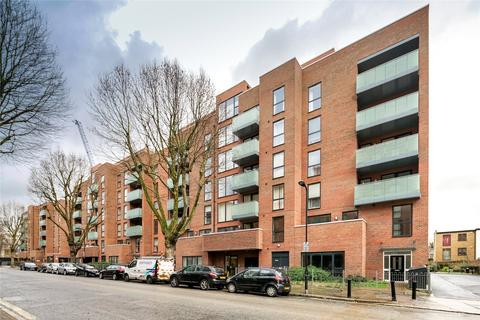 2 bedroom apartment to rent - Butterfly Court, Bathurst Square, London, N15