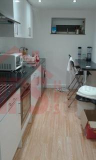 2 bedroom flat to rent - Headingley Avenue, leeds LS6