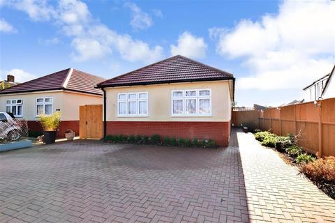 3 bedroom detached bungalow for sale - Green Lane, Isle Of Grain, Rochester, Kent