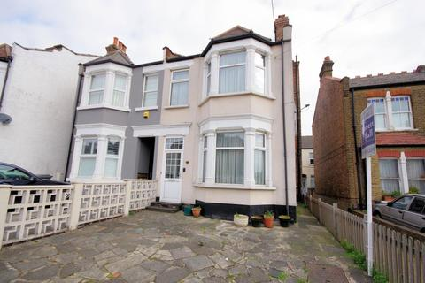 4 bedroom semi-detached house for sale - LONG LANE, FINCHLEY, N3