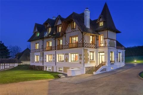 7 bedroom detached house  - Manor House, Benerville, Calvados, Normandy