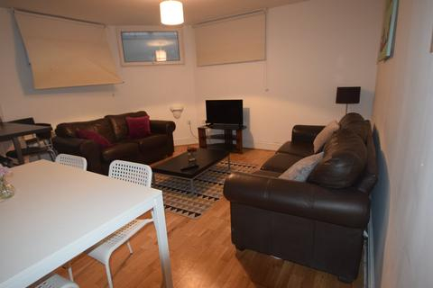 2 bedroom apartment to rent - Whitworth House, Whitworth Street, Manchester, M1 3Ws