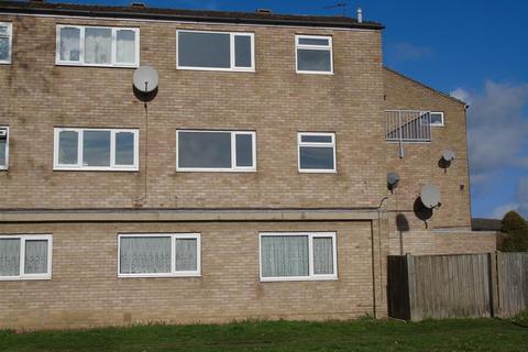 2 bedroom maisonette to rent - St Annes Road, Aylesbury