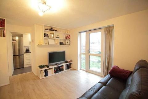 2 bedroom apartment to rent - Searles Road, Elephant and Castle