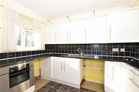 2 bedroom flat for sale - Lesney Park Road, Erith, Kent