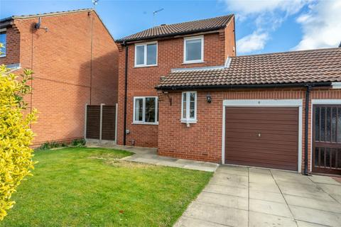 3 bedroom detached house for sale - Angram Close, Rawcliffe, YORK