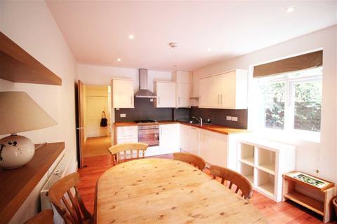 2 bedroom flat to rent - Holmewood Gardens, Brixton Hill