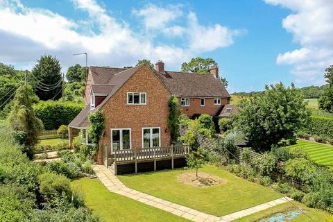 4 bedroom semi-detached house for sale - Easton Hill, Easton, Newbury, Berkshire, RG20