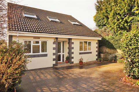 4 bedroom detached house for sale - Tremeddan Terrace, Liskeard