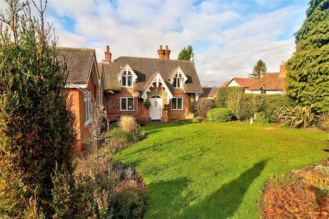 3 bedroom character property for sale - Upper Way, Upper Longdon