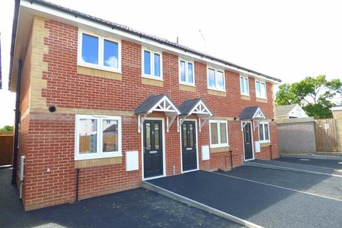 2 bedroom end of terrace house to rent - Shelbourne Mews, Charminster, Bournemouth, Dorset