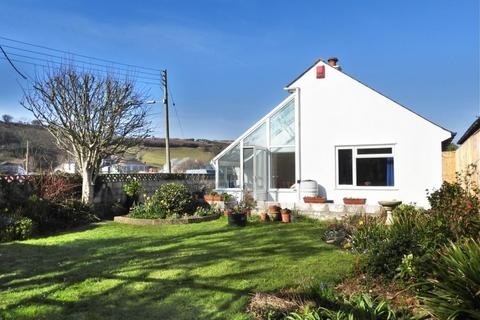3 bedroom bungalow for sale - 35 METHLEIGH PARC, PORTHLEVEN, TR13