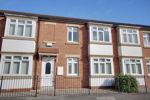 2 bedroom apartment for sale - Penshurst Avenue, Hessle