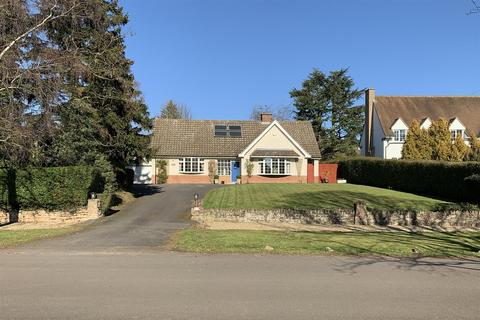 4 bedroom detached house for sale - Southmeads Road, Oadby