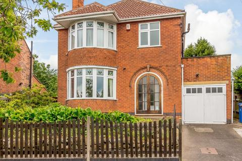 3 bedroom detached house for sale - Valley Road, Littleover, Derby