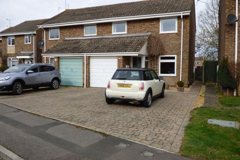 3 bedroom semi-detached house to rent - White Edge Moor, Liden, Swindon