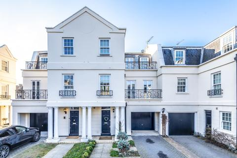 4 bedroom townhouse to rent - Parliament Mews, Mortlake, SW14