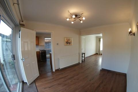 3 bedroom end of terrace house to rent - Nursery Road, Taplow