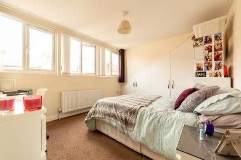 1 bedroom flat share to rent - Bills included House Share - Avenue Road, Gateshead, Tyne and Wear
