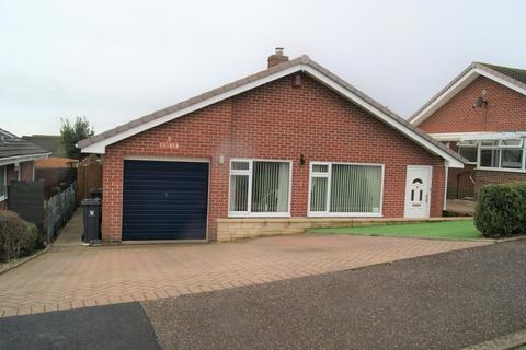 2 bedroom detached bungalow for sale - Axe View Road, Seaton