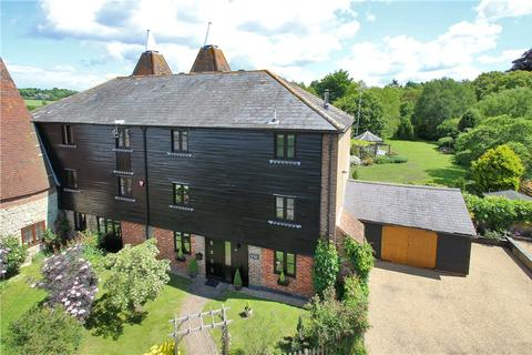 6 bedroom house for sale - Church Lane, West Farleigh, Maidstone, Kent, ME15