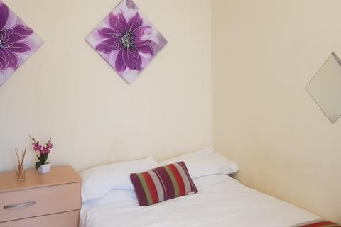 1 bedroom house share to rent - Tudor Street, Cardiff