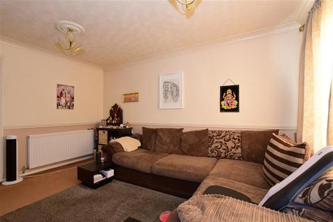 2 bedroom end of terrace house for sale - St. Annes Terrace, Ilford, Essex