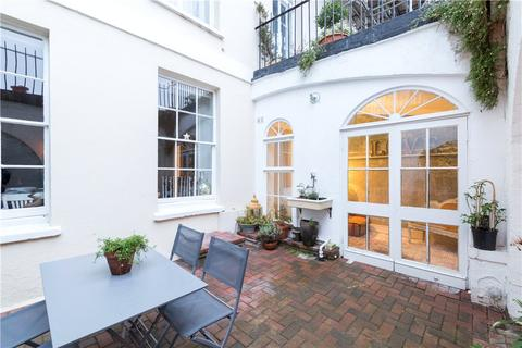 2 bedroom flat for sale - Royal York Crescent, Bristol, BS8