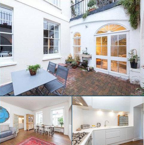 2 bedroom flat for sale - Royal York Crescent, Bristol, BS8