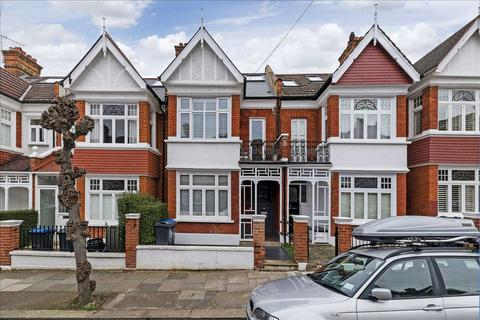 3 bedroom apartment to rent - Farquhar Road, London