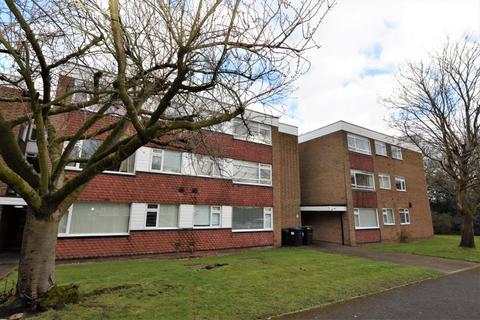 Studio to rent - TRIDENT COURT, SAVOY CLOSE, B32