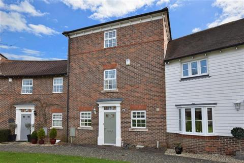 3 bedroom townhouse for sale - Discovery Drive, Kings Hill, West Malling, Kent