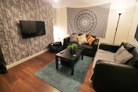 6 bedroom house to rent - Claremont View, Leeds LS3