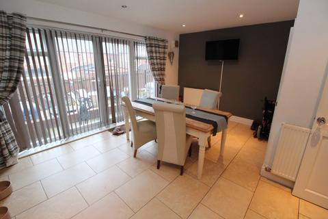 3 bedroom house to rent - Crawlaw Road, Easington