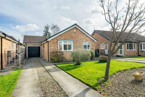 3 bedroom detached bungalow for sale - Lochrin Place, Off Beckfield Lane, York