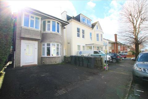 3 bedroom flat to rent - Westby Road, Bournemouth