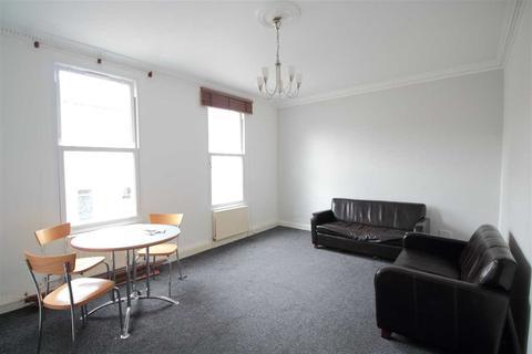 2 bedroom flat to rent - Arlingford Road, Brixton