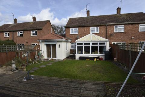 5 bedroom semi-detached house for sale - Dogsthorpe, Peterborough ,