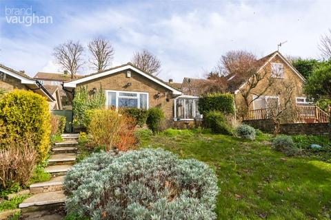 3 bedroom bungalow for sale - Crescent Drive North, Woodingdean, Brighton, BN2
