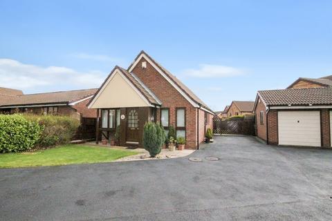 2 bedroom bungalow to rent - Warren Croft, Runcorn