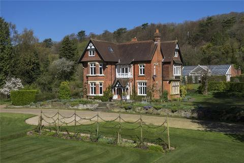 5 bedroom detached house for sale - Pilgrims Way, Westerham, Kent, TN16