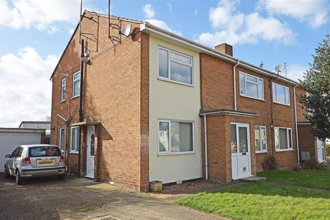 2 bedroom flat for sale - Amberley Slope, Peterborough