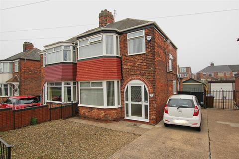 3 bedroom semi-detached house for sale - Cottingham Road, Hull