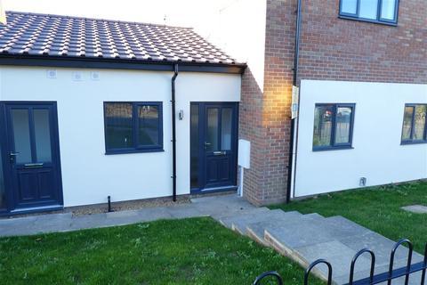 2 bedroom apartment to rent - Coverack Close, Delapre, Northampton