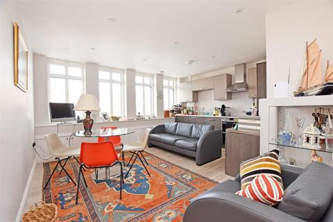 2 bedroom apartment for sale - High Street, Hampton Hill