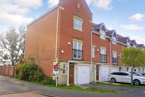 3 bedroom house to rent - Bestwood Close, Leicester