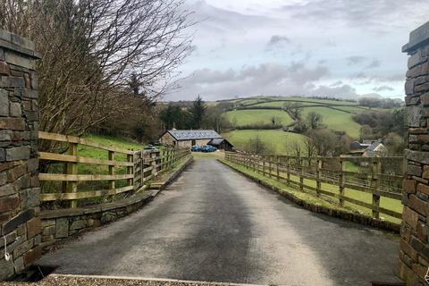 2 bedroom property with land for sale - Felingwm, Carmarthen